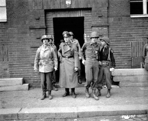 Major Joe Lipsius (far right) at the Nazi surrender of Liepzig, Apr. 19, 1945